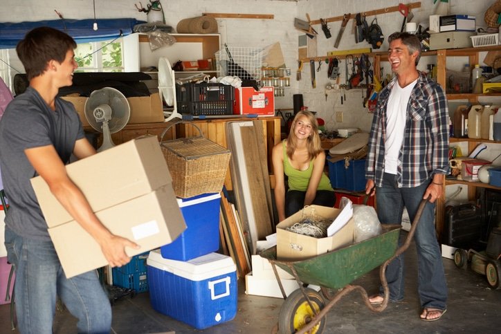Moving Tips: How to Pack Up Your Garage for Moving