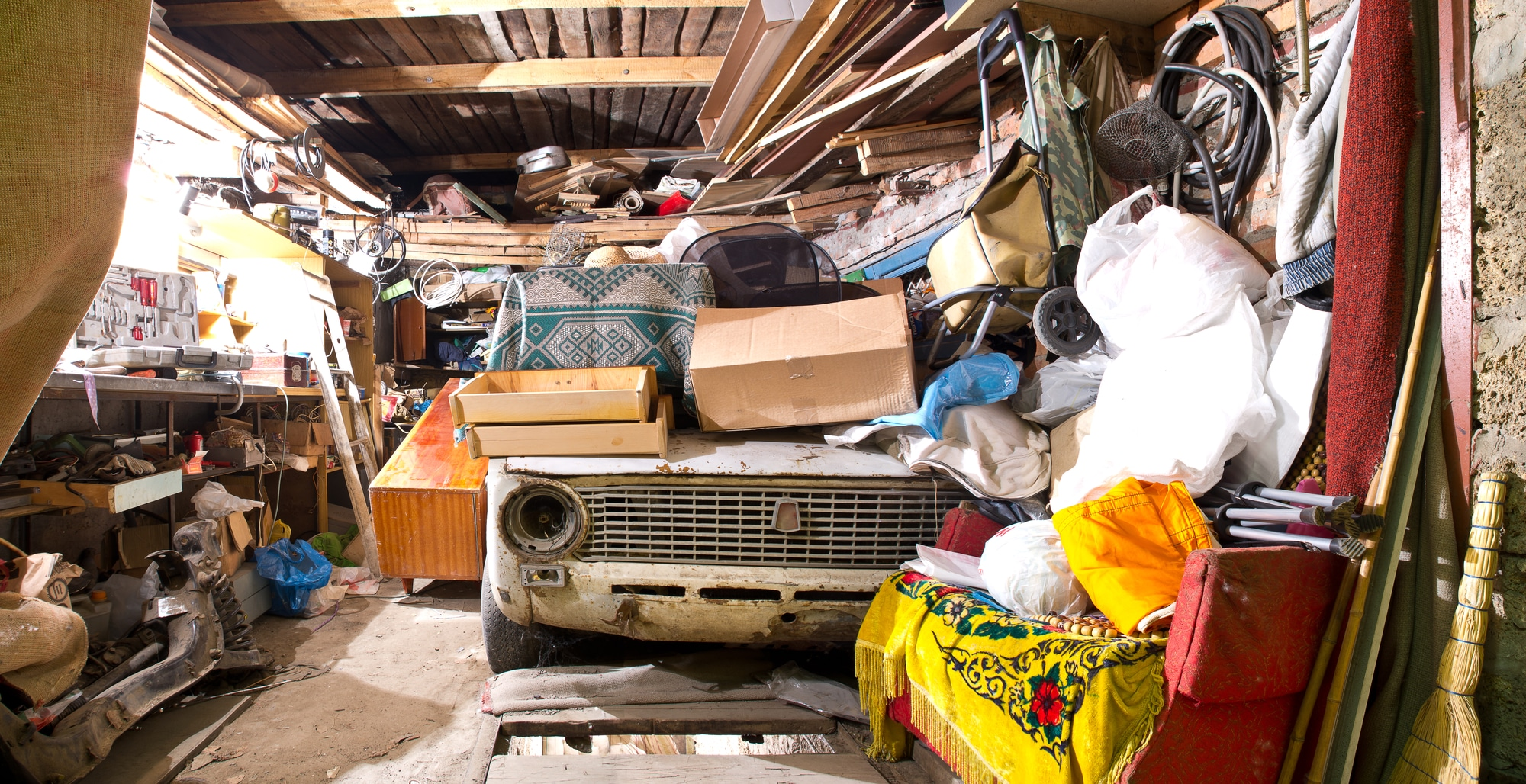 how to help a hoarder move into a new home - on the go moving and